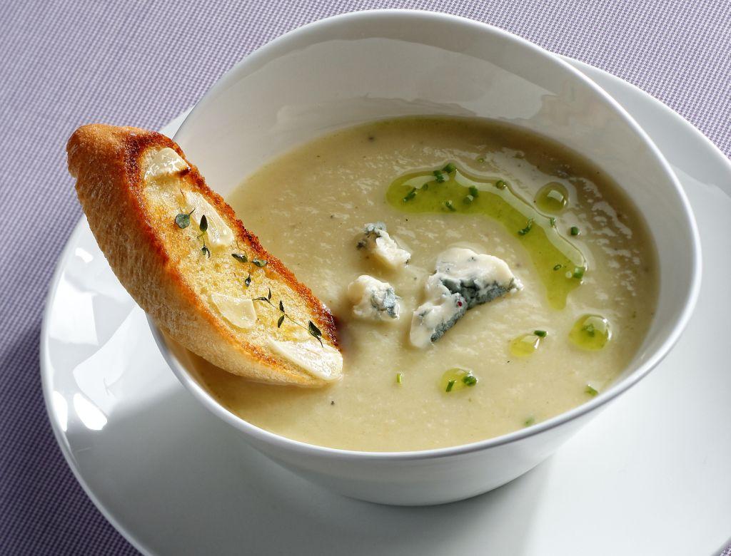 zupa z grzanka 1413mala