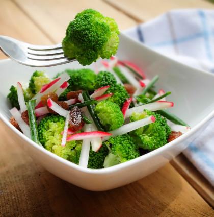 Fit sałatka z brokułami