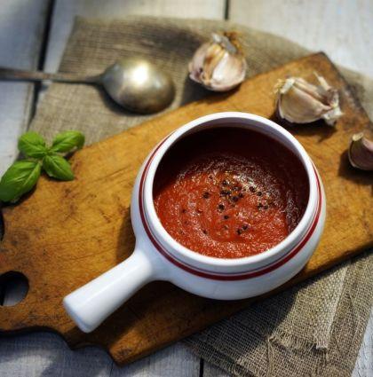 Idealny sos pomidorowy [do pizzy, pasty, mięsa]